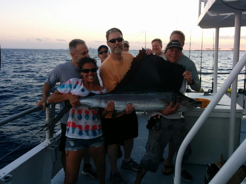 Dolphin are biting in fort lauderdale fishing headquarters for Fort lauderdale fishing