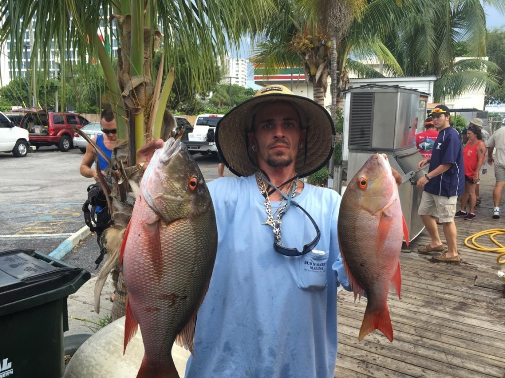 Drift fishing for mutton snappers